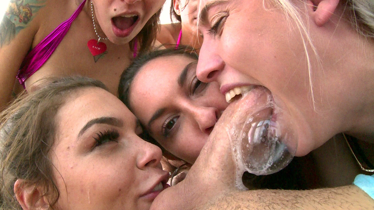 Swallowed.com - Heavenly Head from Dixie Lynn